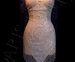 Robes paillettes revue parisienne