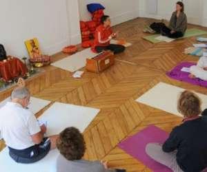 Ecole de yoga satyananda paris