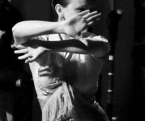 Cours de flamenco à paris avec sabrina