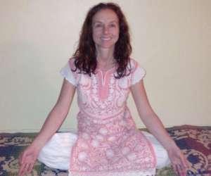 Cours yoga prenatal femme enceinte à montreuil