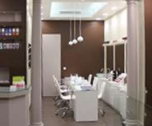 """Salon  manucure """"vernissage - paris"""""""