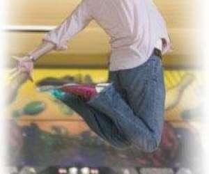 Nouvelle dimension ce - bowling dîner pour groupes