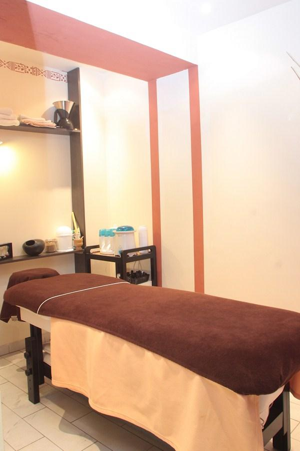 coiffeur visagiste coloriste france in paris paris 17eme arrondissement 75017 t l phone. Black Bedroom Furniture Sets. Home Design Ideas