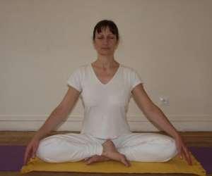 Cours de yoga et yoga prenatal