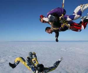 321 chutelibre : sauts en parachute