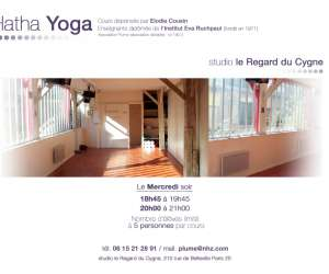 Yoga - association plume