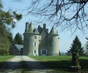 Chateau de mareges/chambre et table d