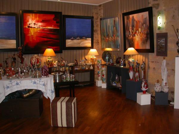 galerie d 39 art contemporain rev 39 limoges 87000 t l phone horaires et avis. Black Bedroom Furniture Sets. Home Design Ideas