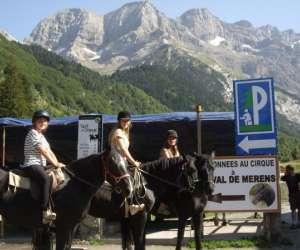 Randonnées et promenades équestres à gavarnie