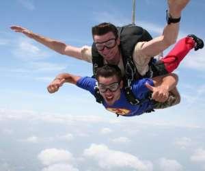 Parachutisme saut en tandem