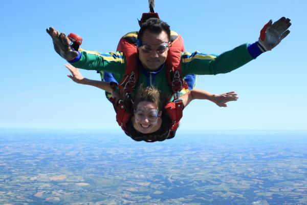 saut en parachute albi 81