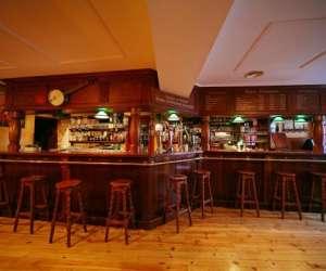 Le pub  irlandais  o