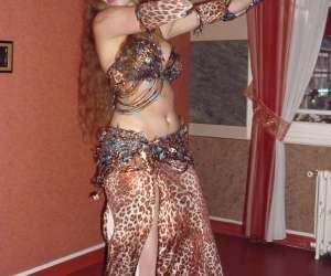 Danseuse professeur de danse orientale