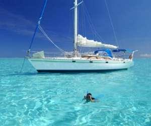 Tahiti sailing charter