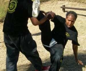 Club de self-defense