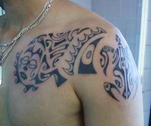 Tatouage yves