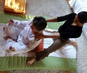 Praticienne en massage bien-etre agreee a la ffmbe