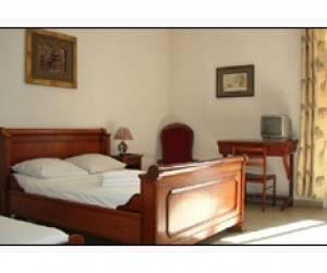 Hôtel le nathania - chez p