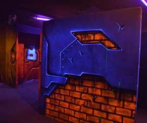 Galactik laser game