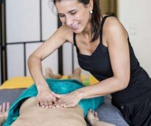 Therapy - massage - réflexologie - soin du visage.