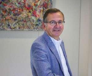 Dr jacques duchateau - chirurgien esthétique
