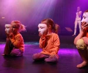 Bas les masques asbl -  activités artistiques   pour le