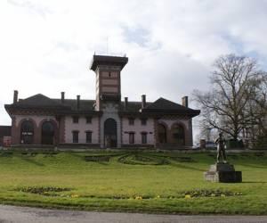 Waux hall