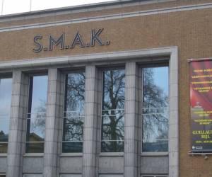 Stedelijk museum voor actuele kunst s.m.a.k.