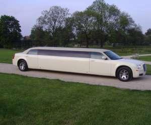 Location de limousine chrysler 300 c 8 places