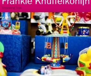 Frankie knuffelkonijn