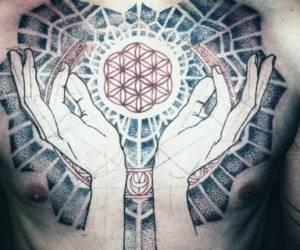 Tattoo & piercing bodydesign