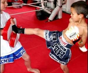 Cours kids boxe, sport pour enfants, jeux sportif, gym