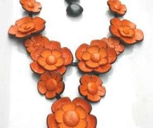 Isabelle azaïs créations;bijoux contemporain cuir