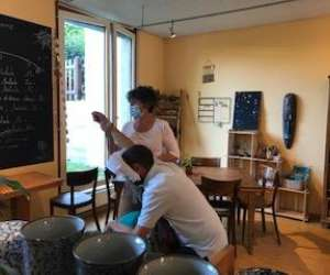 Jacot-descombes chloé, shiatsu assis