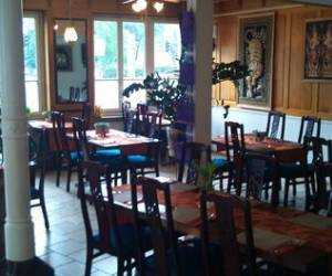 Aroy dee thai restaurant-bar