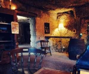 La cave de l'abbaye