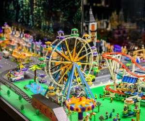 Exposition en briques lego® dgtoys/briquestore
