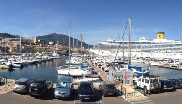 Soleil rouge yachting ajaccio 20000 t l phone for Decor 2000 ajaccio horaires