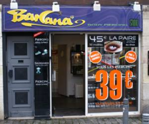 Banana body piercing studio