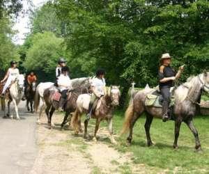 Centre de tourisme equestre les chevauchees du genetay