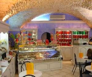 Salon de the chocolaterie leonidas