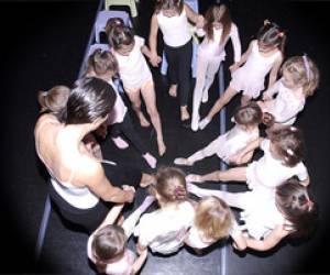 Dance et cie association noël cadagiani
