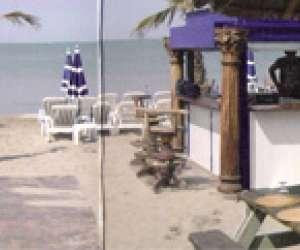 Au robinson - plage privée - restaurant