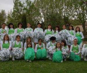 "Les spirit girls  ""pompom girls""     aecc cheerleading"