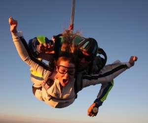 "Skyvideo "" parachutisme midi-pyrénées, tarn, toulouse,"
