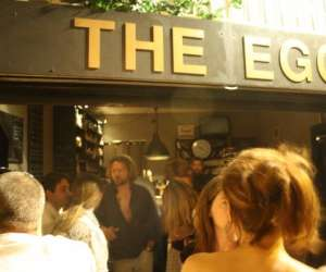 The egg pub