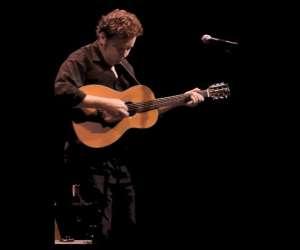 Chanteur guitariste