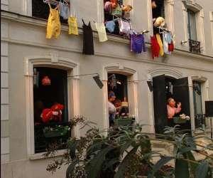Délit de façade, spectacle de marionnettes