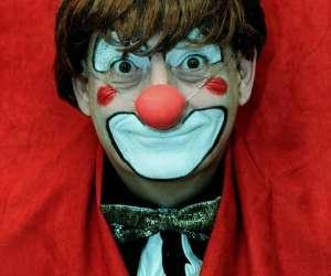 Auguste clon   clown    à  domicile