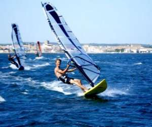 Ecole de voile, natation, stand-up,padel et kayak